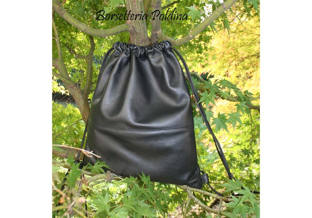 sacchetta nera